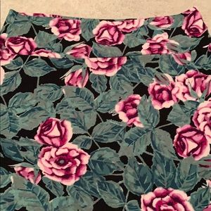 LuLaRoe Skirts - Lularoe XL Rose Cassie Pencil skirt